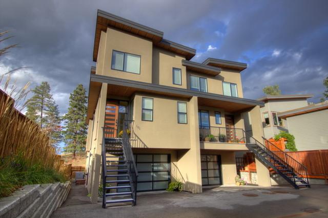 Vancouver ave duplex moderne fa ade vancouver par for Maison duplex moderne