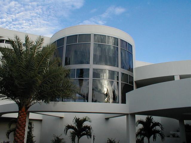 Veloci, by Lucia Custom Home Design contemporary-exterior
