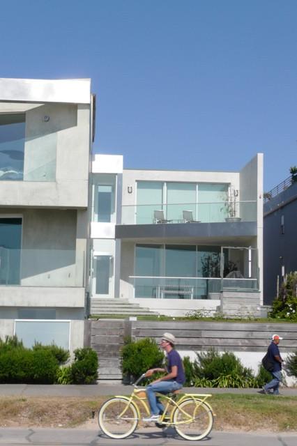 Venice Residence contemporary-exterior