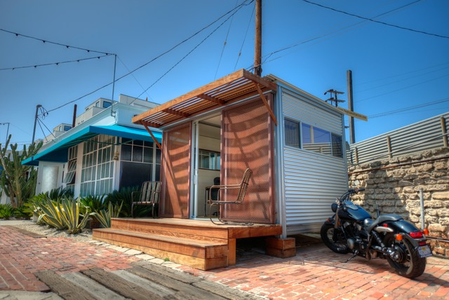 Venice Studio Office - Modern - Exterior - los angeles - by kitHAUS