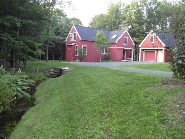 Vermont Cottage farmhouse-exterior