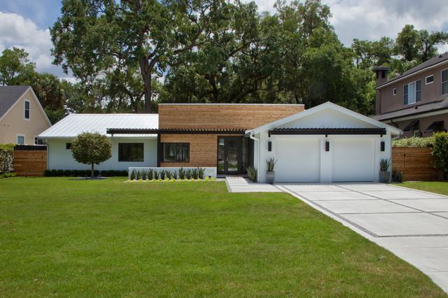 Via estrella custom home midcentury exterior for Century custom homes