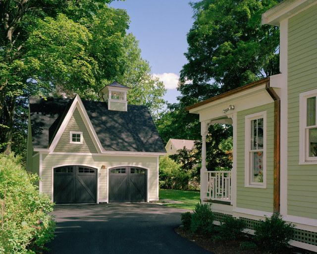 Victorian Carriage House : victorian exterior from www.houzz.com size 640 x 512 jpeg 168kB