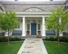 Shingle-Style Lake Home traditional-exterior