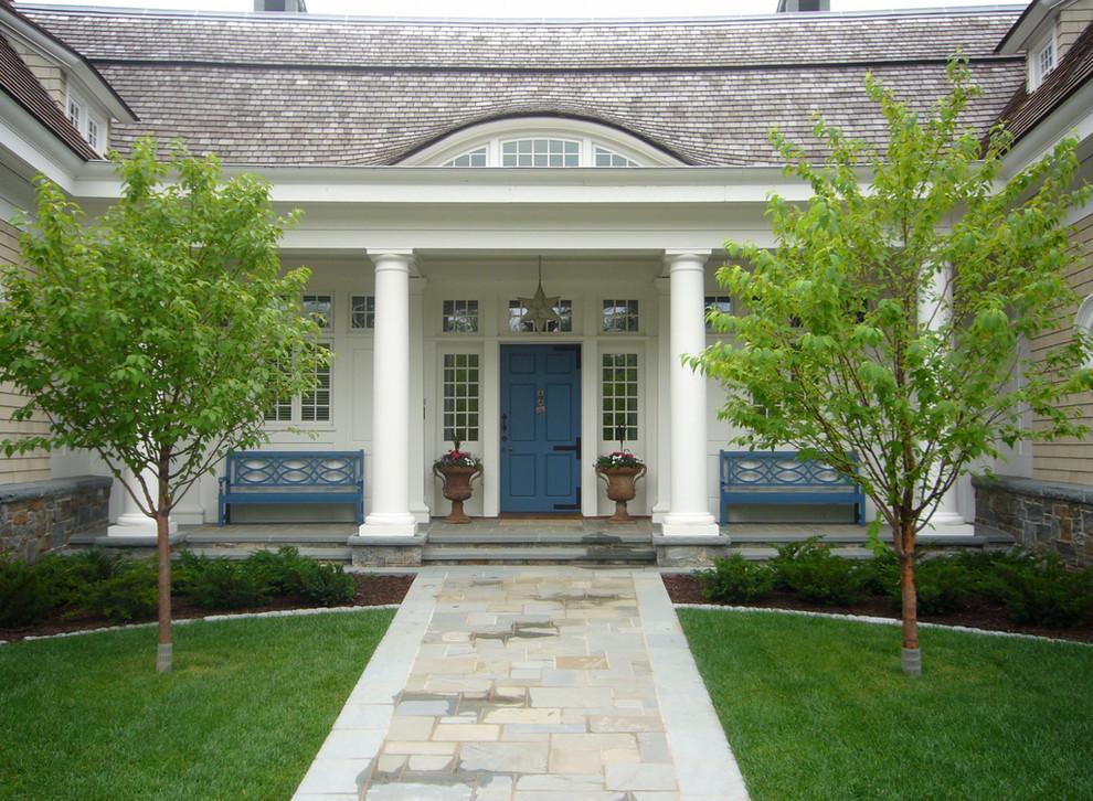 Victorian wood exterior home idea in Minneapolis