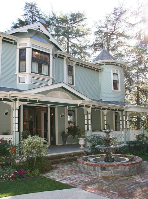 Victorian house traditional exterior los angeles for Victorian traditional homes