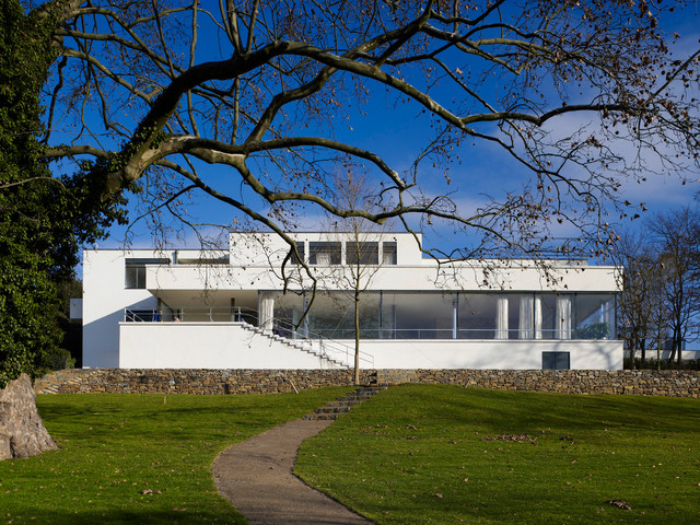 modern exterior Villa Tugendhat