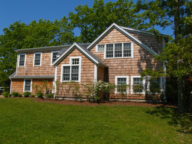 Vineyard haven raised ranch renovation addition for Raised ranch garage addition