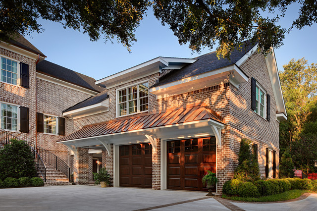 Walnut creek tudor brick home north carolina for Piani casa casa tudor