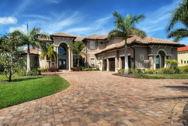 Waterfront homes mediterranean exterior orlando by Mediterranean custom homes