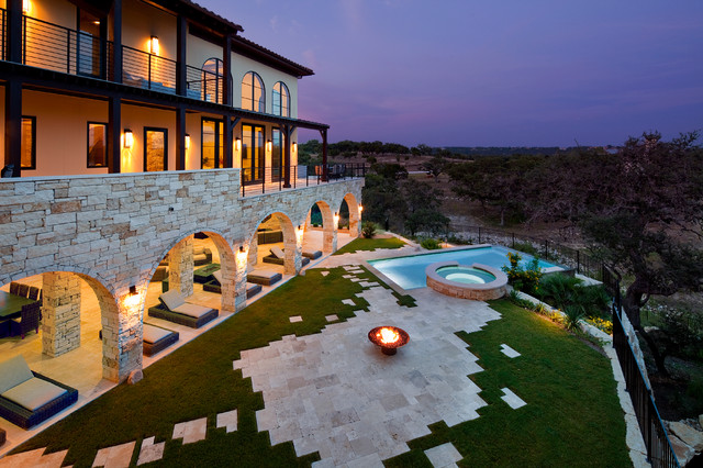 Waterfront Luxury Home On Lake Travis Mediterranean