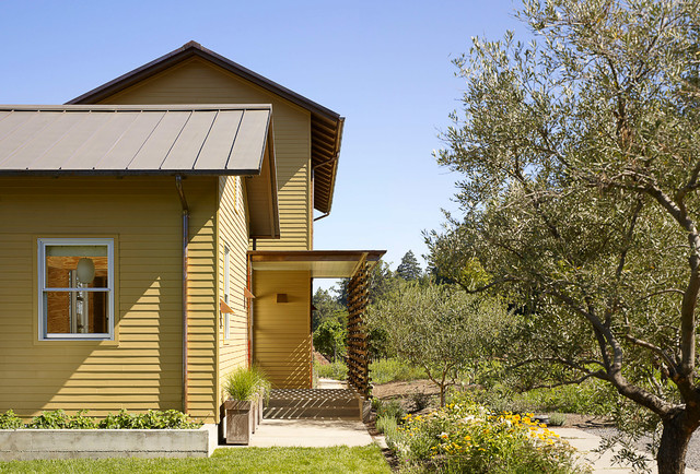 Inspiration For A Farmhouse Yellow Exterior Home Remodel In San Francisco