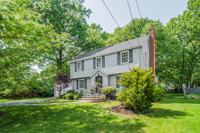 west hartford home design to sell
