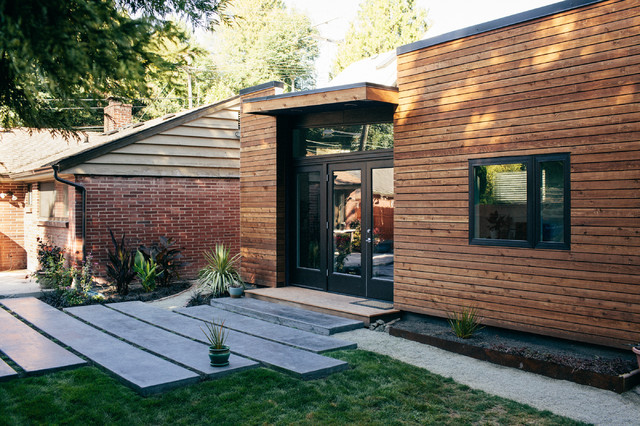 West Seattle Backyard Cottage Contemporary Exterior