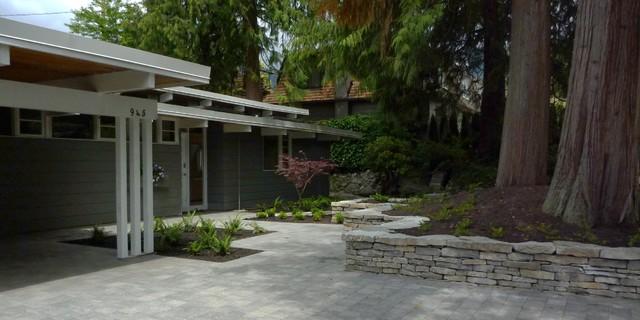 West Vancouver contemporary landscape contemporary-exterior