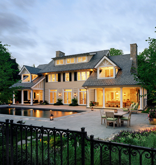 Modern Homes Front And Back: Westchester Colonial Traditional-exterior