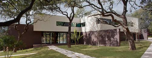 modern exterior by Specht Harpman