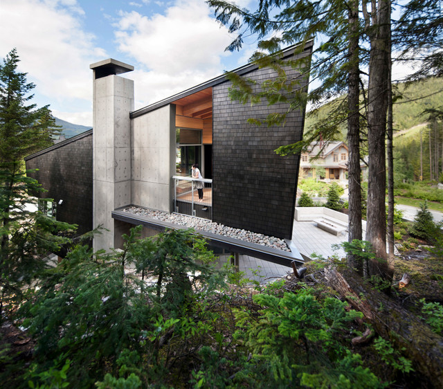 Inspiration for a large contemporary exterior home remodel in Vancouver