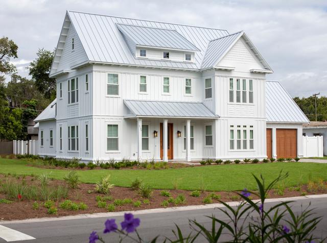 White Horse Farmhouse House Plan 9722