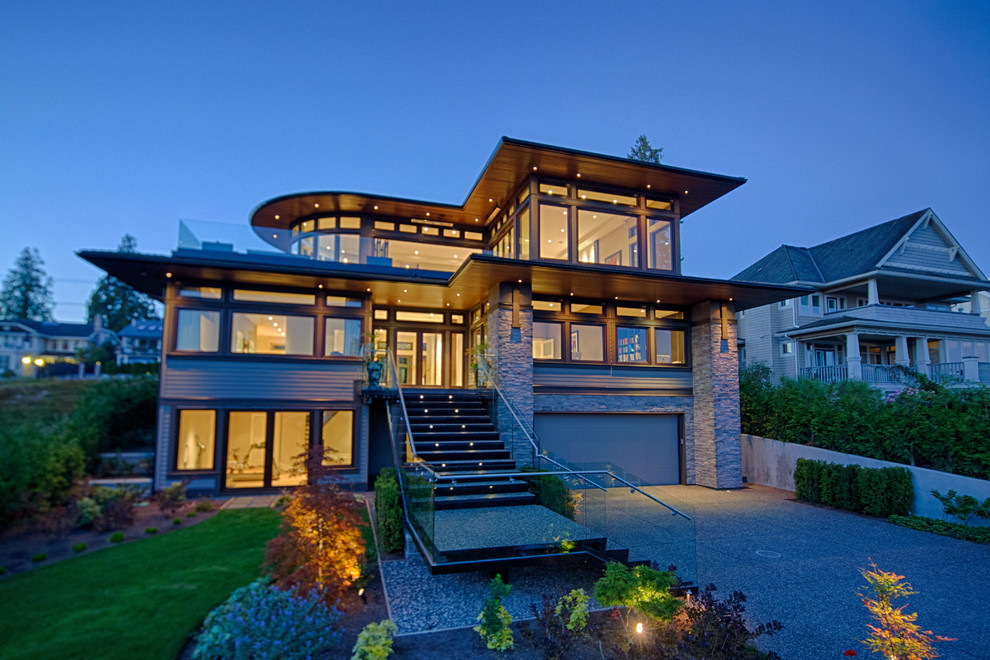 Trendy exterior home photo in Vancouver