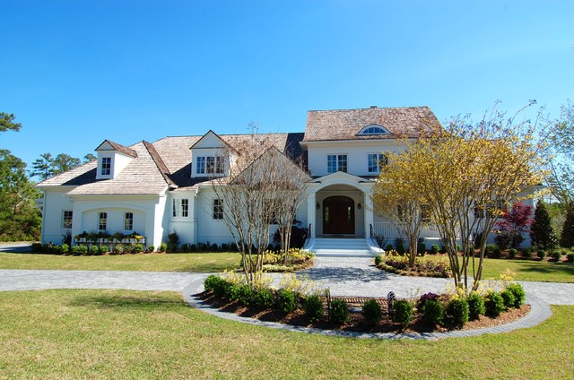 White Southern Brick Home traditional-exterior