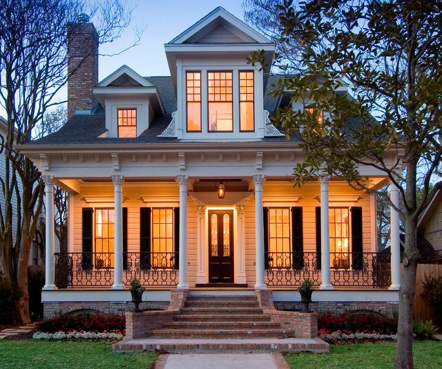 Whitestone builders traditional 1 1 2 story victorian for Victorian traditional homes