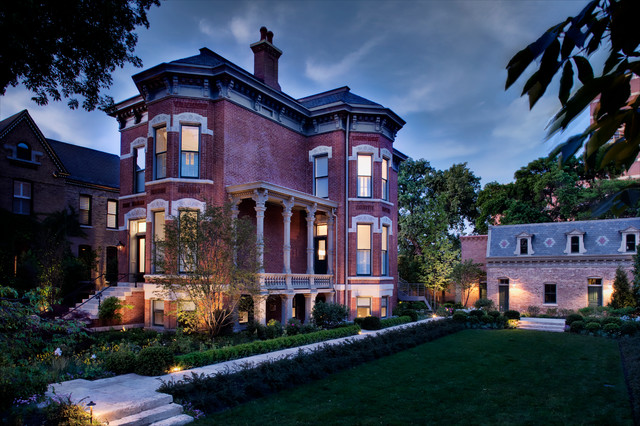 Wicker Park Residence traditional-exterior