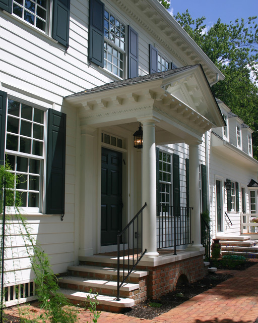 Williamsburg colonial front porch traditional for Colonial front porch ideas