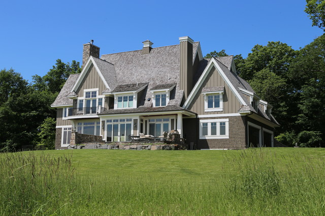 Willow Hill Estate Traditional Exterior
