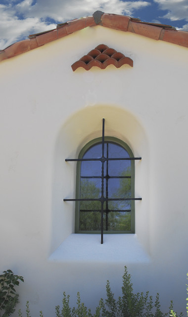 Window Cross traditional-exterior