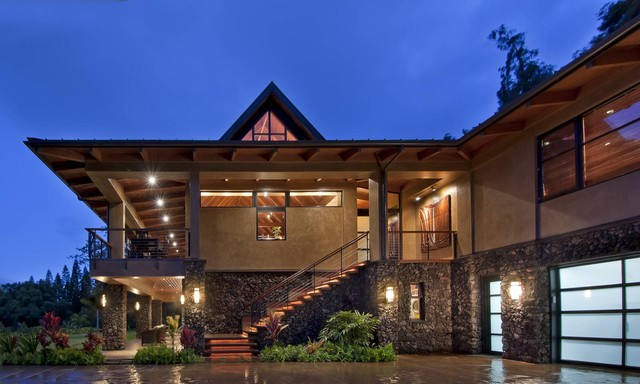 Wing house tropical exterior hawaii by mcclellan for Modern tropical house exterior