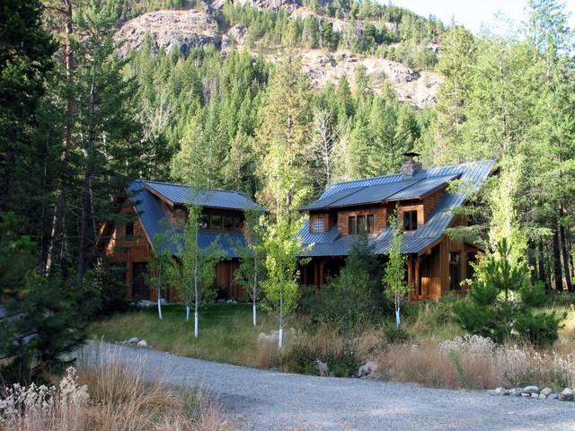 Winter Cabin 1 rustic-exterior