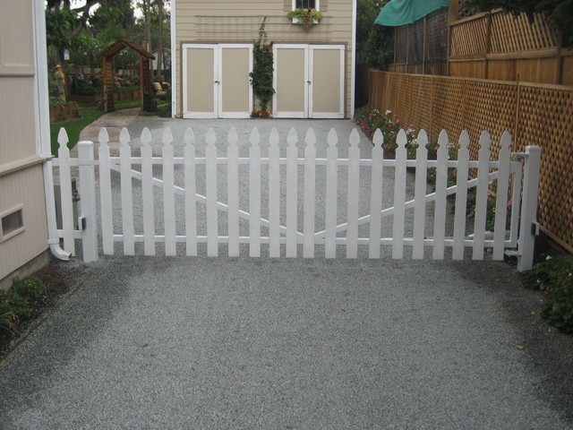 Wooden Picket Swing Gate Traditional Exterior San