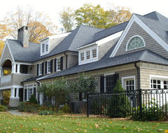 Woodland Manor traditional-exterior