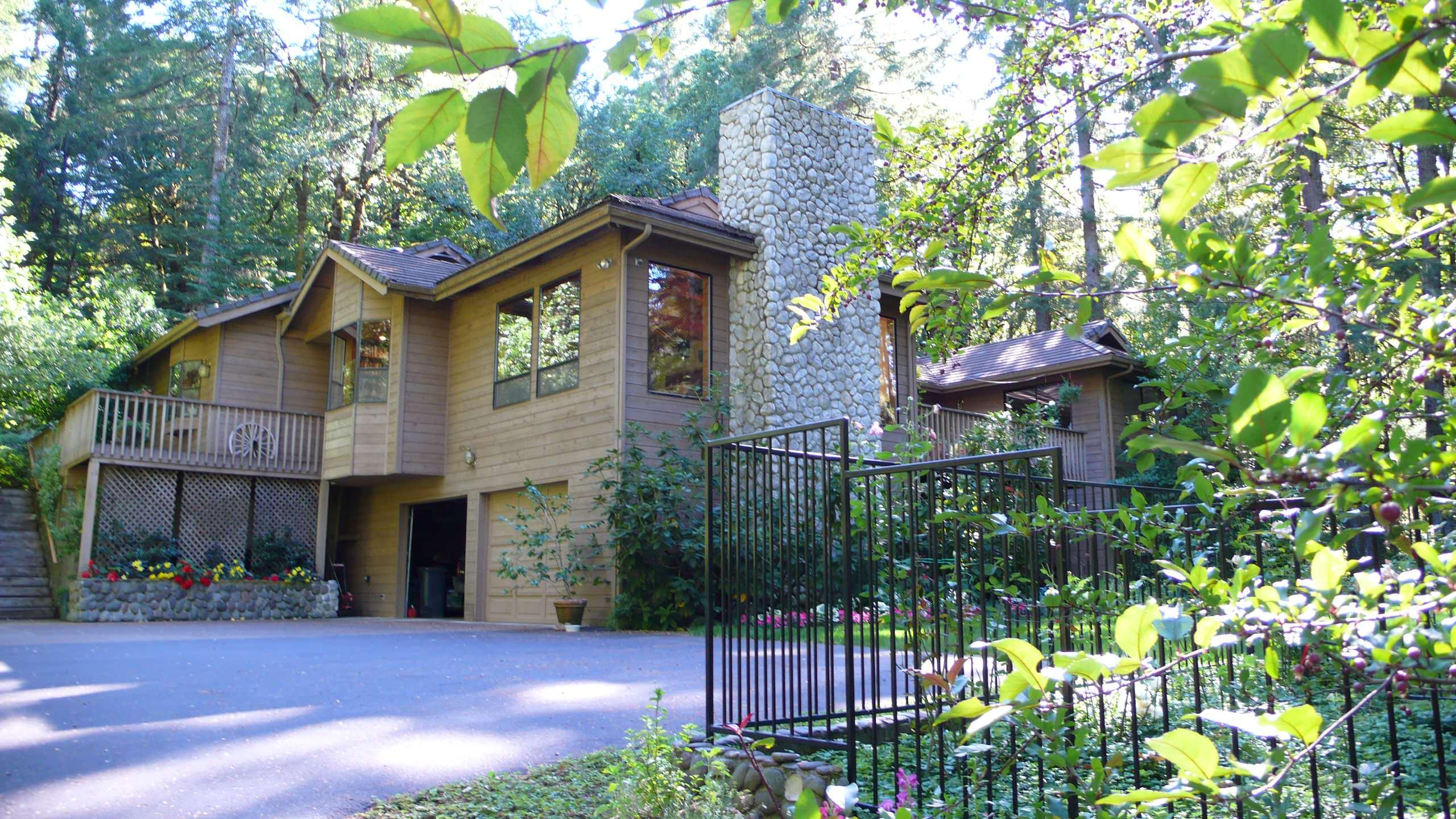 Woodland Residence