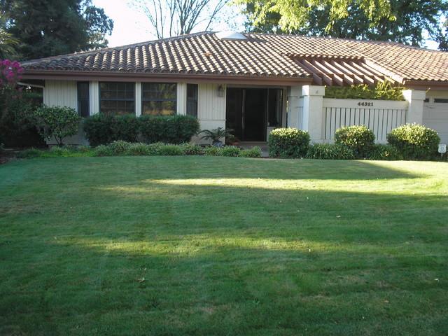 Xeriscape Landscaping Sacramento : Xeriscape modern exterior sacramento by inside out