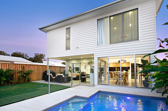 Yamba new build beach style exterior sunshine coast for Beach house designs sunshine coast