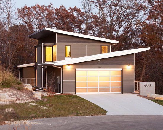Slanted roof home design ideas pictures remodel and decor for Zen type house exterior design