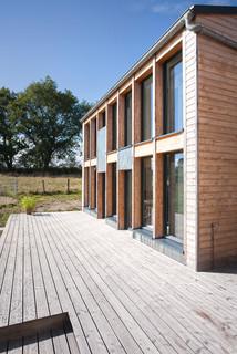 extension d 39 un moulin contemporain fa ade dijon par atelier correia. Black Bedroom Furniture Sets. Home Design Ideas