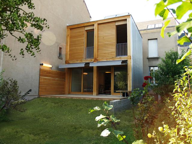 extension de maison rempart contemporain fa ade paris par atelier d 39 architecture bm. Black Bedroom Furniture Sets. Home Design Ideas