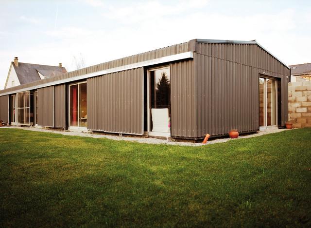 le hangar contemporain fa ade nantes par bna boris nauleau architectures. Black Bedroom Furniture Sets. Home Design Ideas