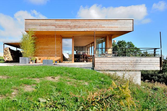 Maison contemporaine bétonbois  Contemporary  Exterior