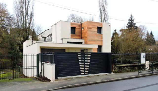 MAISON CUBE TOIT PLAT à ORSAY - Modern - Häuser - Paris - von FL3C