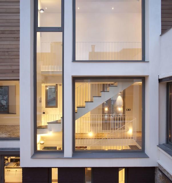 Maison de ville contemporain fa ade paris par for Atelier 4 architecte