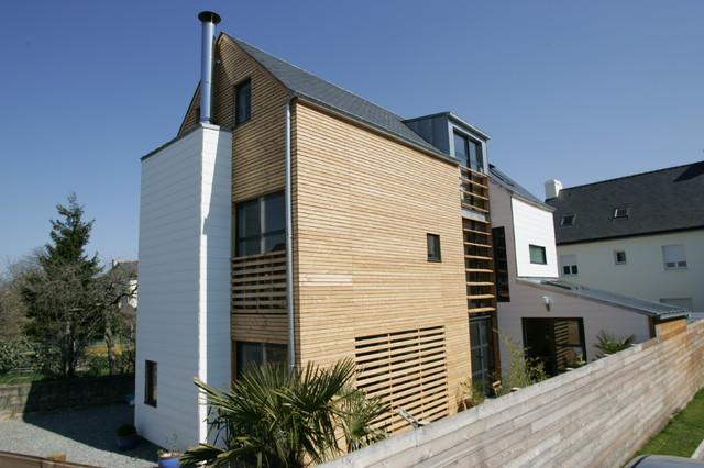 Maison de ville en bois contemporain fa ade rennes for Architecte bordeaux maison individuelle