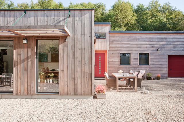 maison individuelle en bois dans le morvan contemporary exterior lille by atelier correia. Black Bedroom Furniture Sets. Home Design Ideas