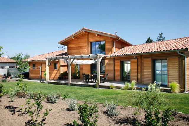 maison individuelle montagne fa ade bordeaux par maison bois vallery. Black Bedroom Furniture Sets. Home Design Ideas