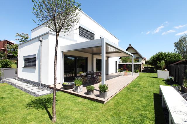 maison passive certifi e en alsace contemporary exterior strasbourg by maisons prestige. Black Bedroom Furniture Sets. Home Design Ideas