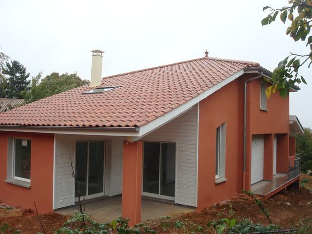 maison sur un terrain forte pente classique facade