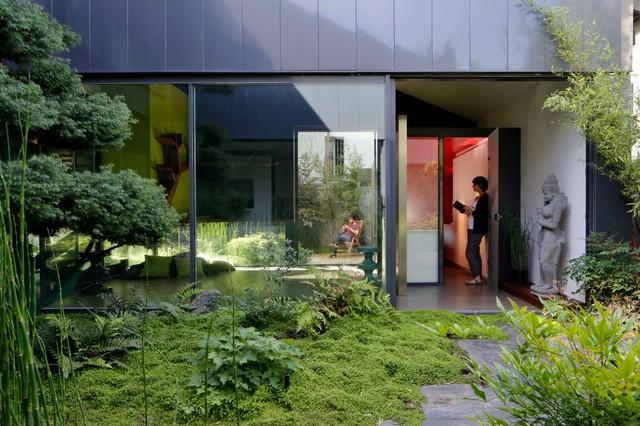 maison yume moderne fa ade paris par frank salama. Black Bedroom Furniture Sets. Home Design Ideas